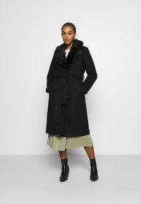 ONLY - ONLBERNA WRAP COAT - Klasický kabát - black - 0