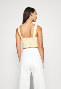 Monki - MOA SINGLET - Top - yellow
