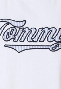Tommy Hilfiger - SEERSUCKER DRESS - Chemise de nuit / Nuisette - white - 6
