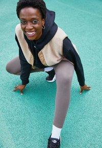 Nike Sportswear - Leggings - ironstone - 1