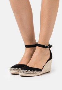 Anna Field - Zapatos de plataforma - black - 0