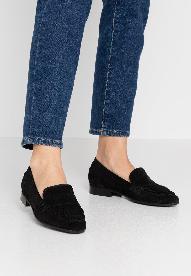 Minelli - Slippers - noir