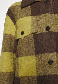 ARKET - Lett jakke - yellow bright - 5