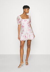 Forever New - HEATHER SQUARE NECK MINI DRESS - Day dress - rouge - 0