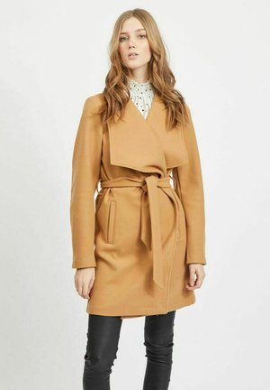 BINDEBAND IN DER TAILLE - Trenchcoat - dusty camel