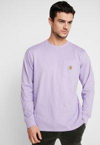 Carhartt WIP - POCKET  - Long sleeved top - soft lavender - 0