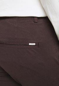 Tiger of Sweden - TRANSIT - Trousers - dark chokolate - 5