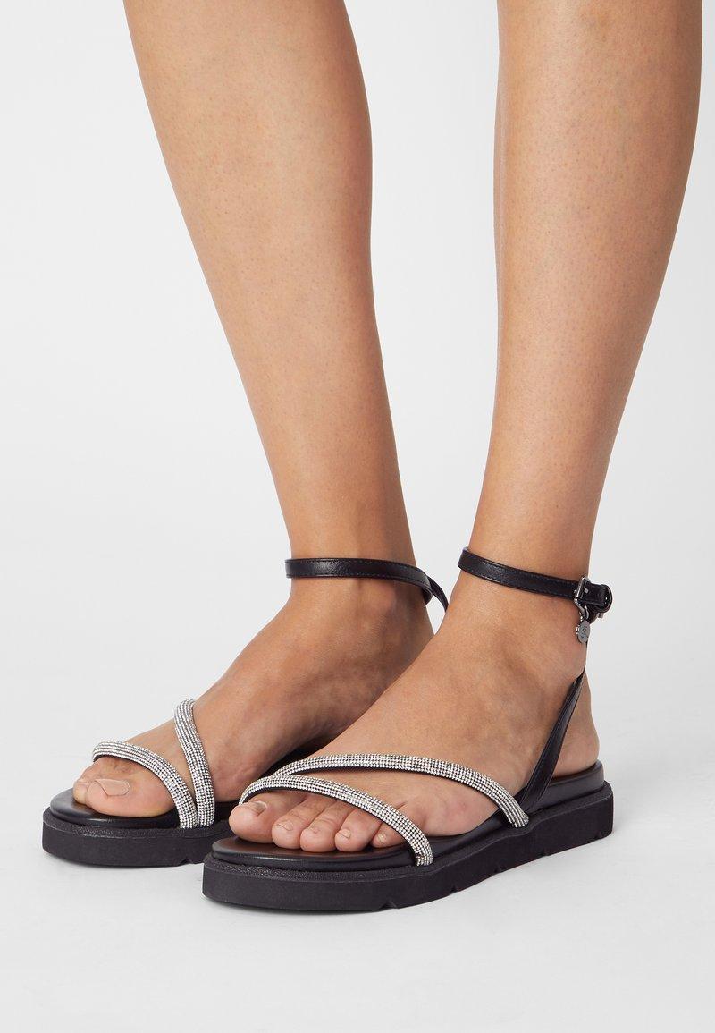 KHARISMA - Sandály - soft nero