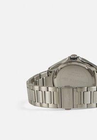 Lacoste - TIEBRAKER - Watch - silver/blue - 1