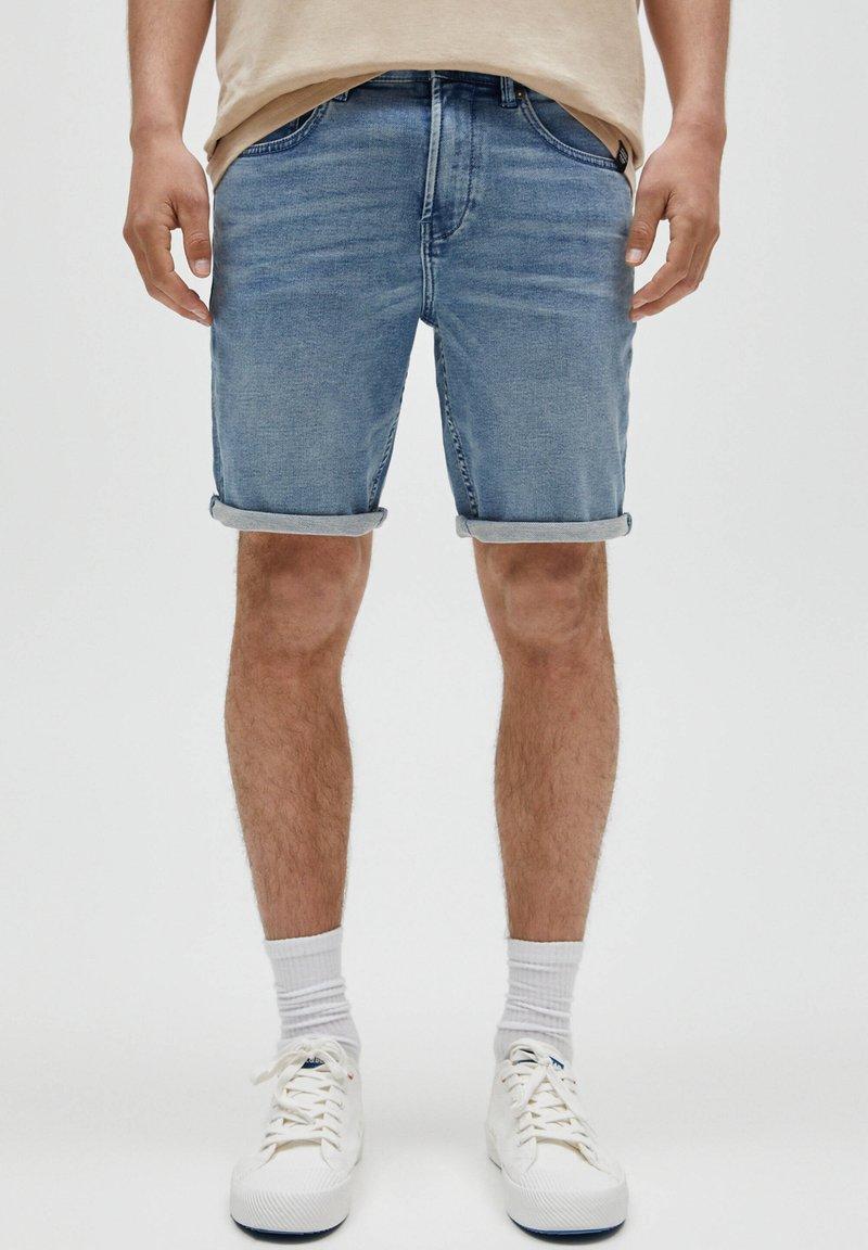 PULL&BEAR - Denim shorts - mottled blue