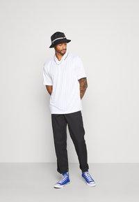 Topman - Print T-shirt - white - 1