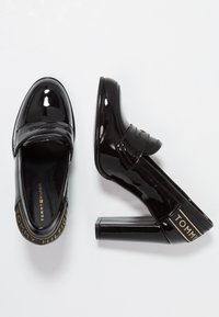 Tommy Hilfiger - ICONIC LOAFER - Szpilki - black - 3