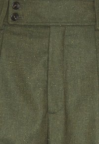 CLOSED - LIV CROPPED - Trousers - khaki - 2