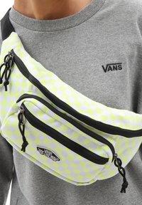 Vans - UA STREET READY WAIST PACK - Bum bag - sunny lime - 0