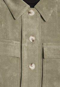 Opus - HAYO  - Lehká bunda - soft moss - 4