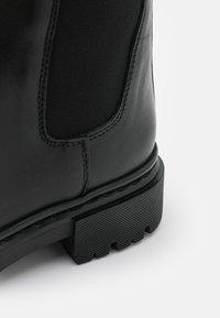 Bullboxer - Boots - black - 5