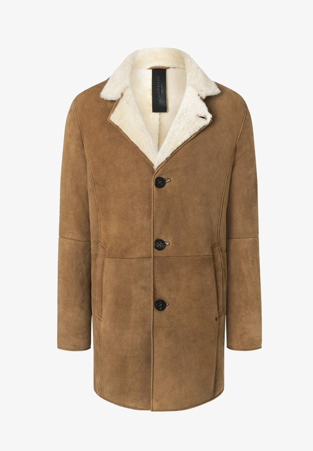 Winter coat - chestnut