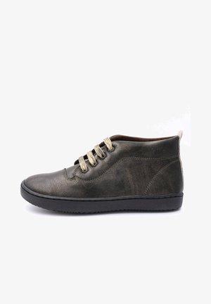BASKET - Sneakers laag - brown