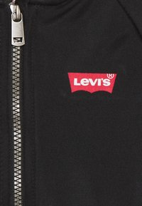 Levi's® - OUTERWEAR - Zip-up hoodie - black - 2