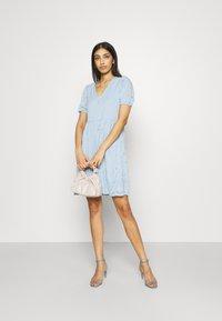 Vila - VITAMARA SHORT BRODERI DRESS - Denní šaty - blue - 1