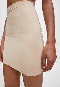 Calvin Klein - INVISIBLES - Shapewear - bare - 3