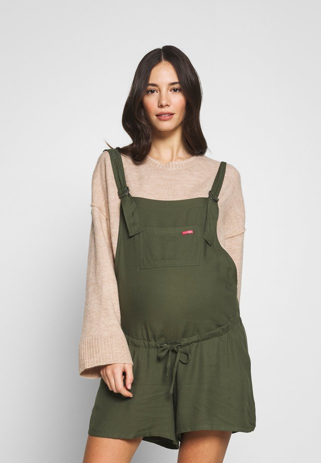 MATERNITY SHORT WIDE DUNGAREE - Hängselbyxor - kakhy