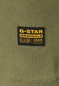 G-Star - RIB TANK DRESS SLIM R WMN SLS - Vestido ligero - sage - 2
