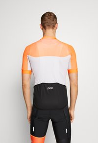 POC - ESSENTIAL ROAD LIGHT  - Print T-shirt - granite grey/zink orange - 2
