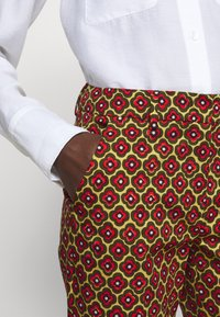 WEEKEND MaxMara - OKRA - Trousers - orange - 4