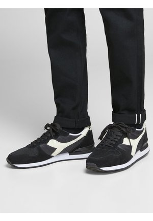 DIADORA - Sneaker low - black