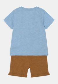 Staccato - SET - Print T-shirt - light blue/beige - 1