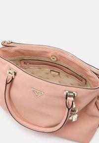 Guess - HANDBAG DESTINY SOCIETY CARRYALL - Handbag - blush - 2