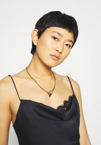 Abercrombie & Fitch - CHASE TRIM COWL CAMI  - Top - black - 3