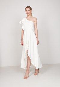 True Violet - HI-LOW - Occasion wear - off white - 1