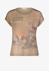 Cartoon - Print T-shirt - camel/cream - 3