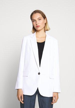SOFT SUITING - Krótki płaszcz - white