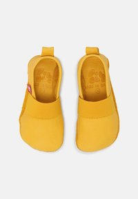 POLOLO - BAREFOOT ELASTICO INDOOR UNISEX - Pantoffels - gelb - 3
