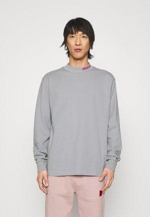 DORRISON - Sweatshirt - silver