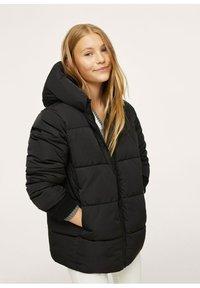 Mango - STEPP-ANORAK MIT KAPUZE - Winter coat - schwarz - 0