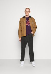 Carhartt WIP - NEON SCORPION - Print T-shirt - boysenberry - 1