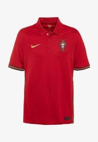 Nike Performance - PORTUGAL  - Club wear - gym red/metallic gold - 0