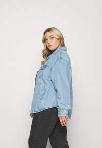 Levi's® Plus - PL SHACKET - Giacca di jeans - pull up - 3