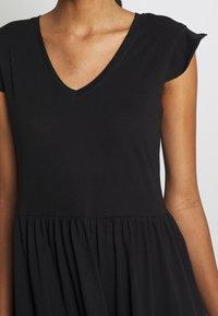 ONLY - ONLMAY LIFE CAP SLEEVES FRILL DRESS - Vestido ligero - black - 4