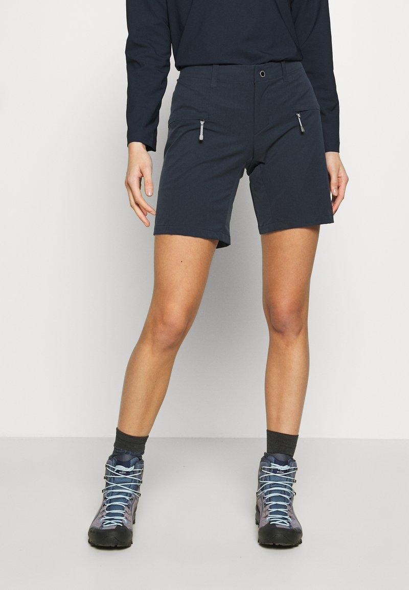 Houdini - DAYBREAK SHORTS - Sports shorts - blue illusion