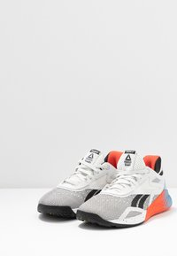 Reebok - NANO X - Treningssko - white/blue/vivid orange - 2