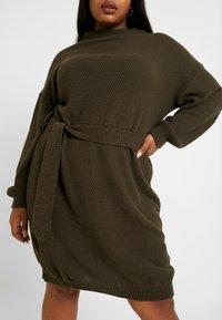 Glamorous Curve - BELTED DRESS - Jumper dress - coffee - 6