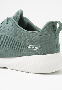 Skechers Sport - BOBS SQUAD - Trainers - green - 2