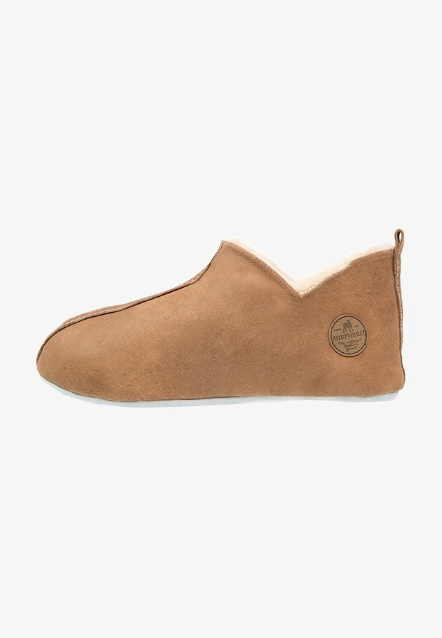 HENRIK - Slippers - antique cognac
