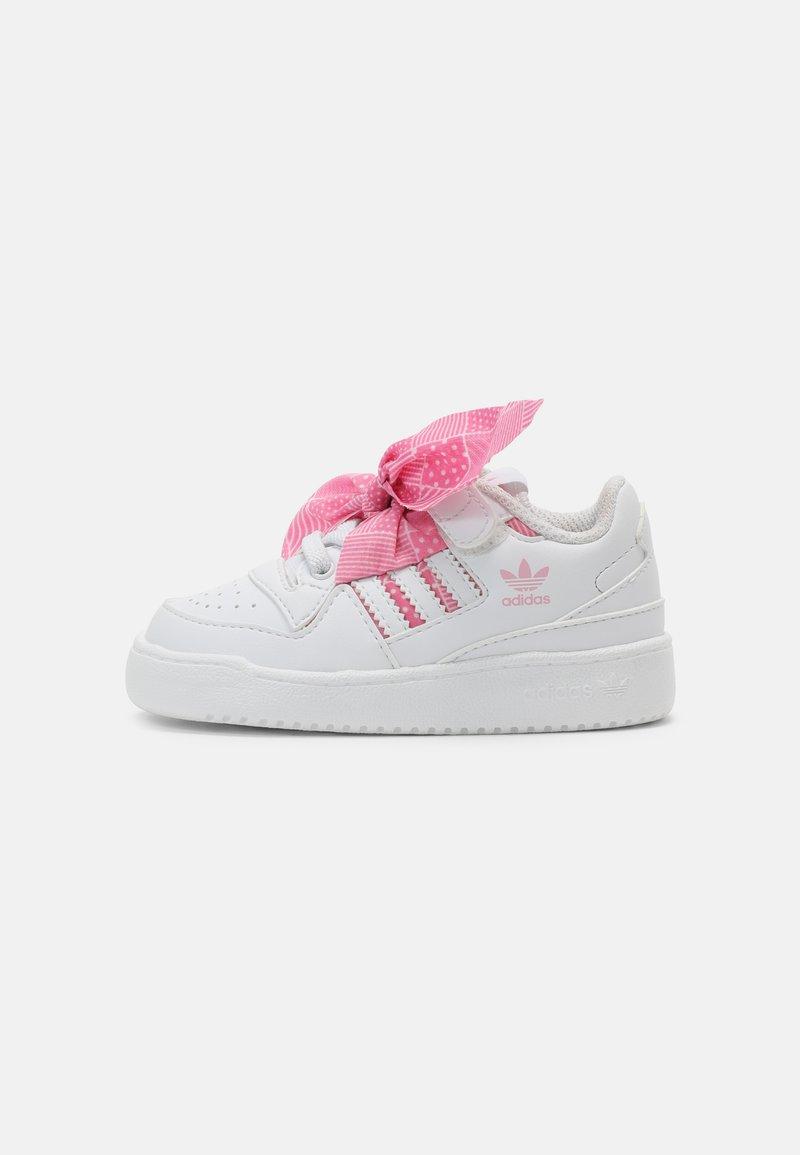 adidas Originals - FORUM UNISEX - Zapatillas - white/light pink