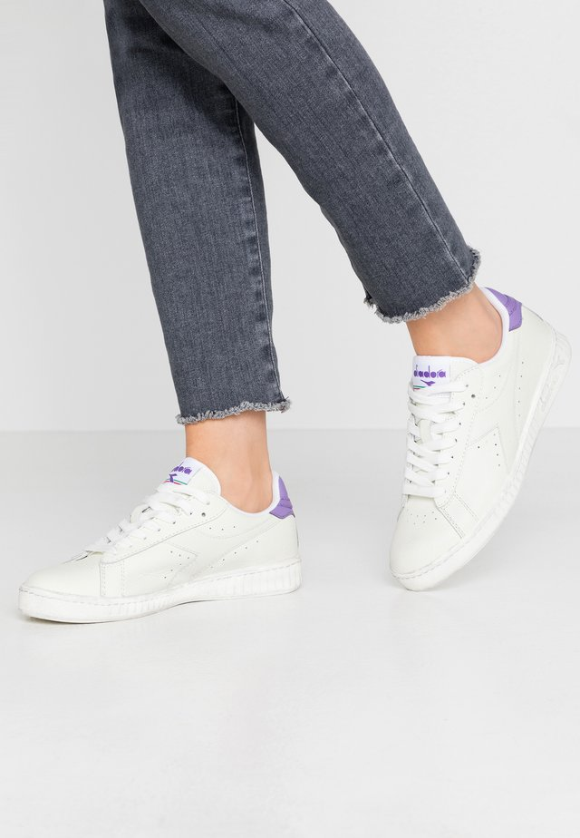 GAME WAXED - Sneakers laag - white/light violet